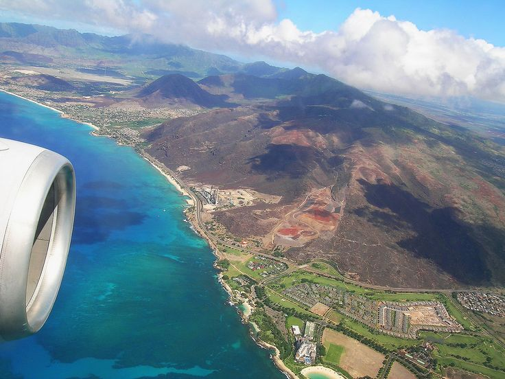 approaching Hawaii, USA