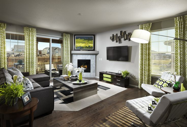 Would you mind being SEEN in this living room full of GREEN?!