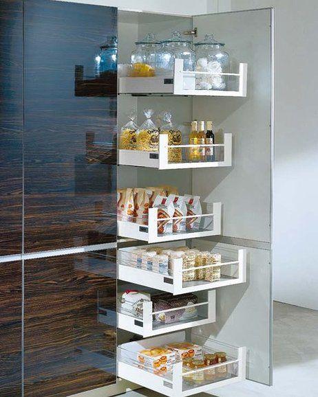 Mueble de cocina con estantes extraíbles