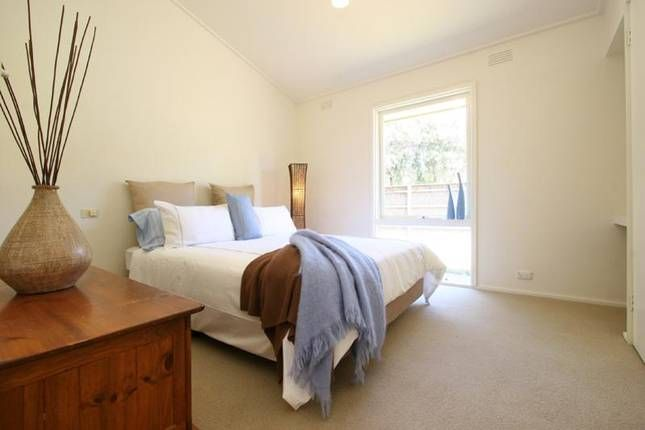 Pearce's beach @ Blairgowrie   Blairgowrie, VIC   Accommodation