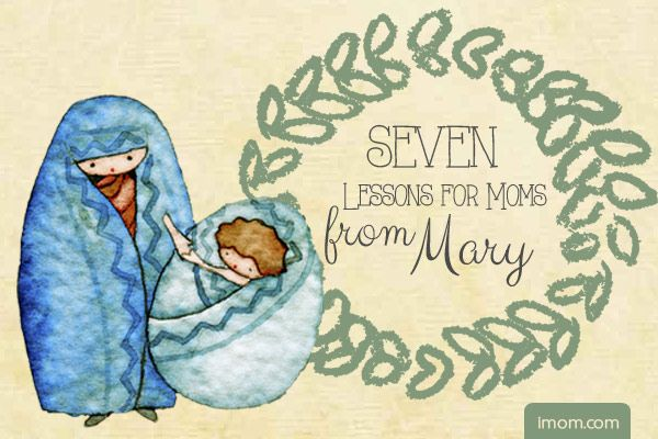 In all of history, there was no one like Mary, the mother of Christ. She was chosen by God to be the mother of His Only Son. And while we will never be like Mary in that way, we do share the bond of motherhood with this highly favored young woman. Here are 7 things we can learn from Mary: #momlife #Mary #Christmas