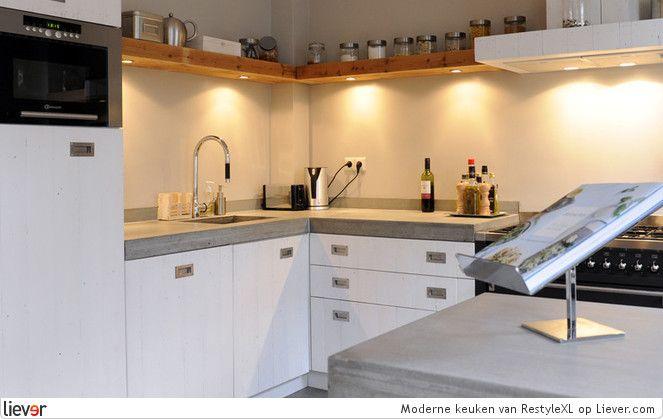 RestyleXL Moderne keuken - RestyleXL afzuigkappen