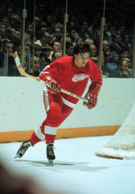Marcel Dionne with the Red Wings.