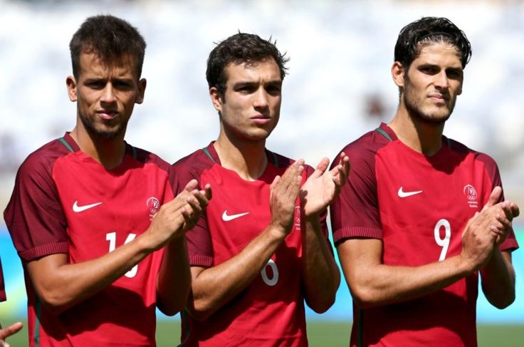 Portugal-Alemanha nos quartos-de-final do futebol - PÚBLICO