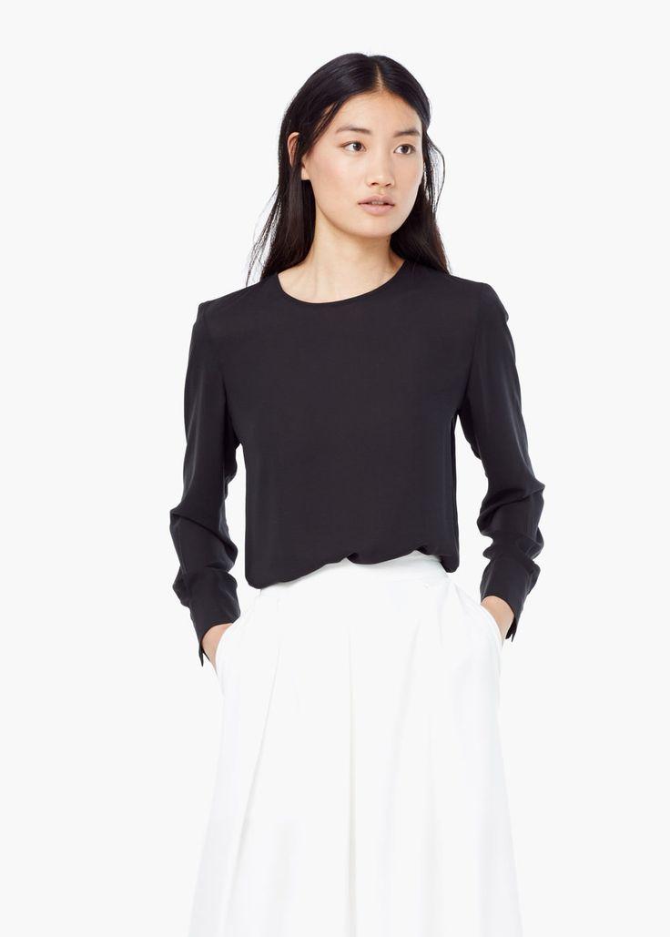 Струящаяся блузка - Рубашки - Женская | MANGO 2499р, есть в грязно-белом цвете