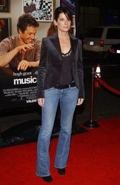 Sandra Bullock Classic Jeans - Sandra wears classic blue jeans with a boot cut and a crease for the 'Music and Lyrics' premiere.