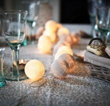 glow as a table runner