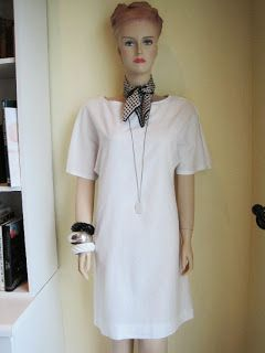 Simple Shift Dress, Snow Agate Long Necklace, Vintage Scarf