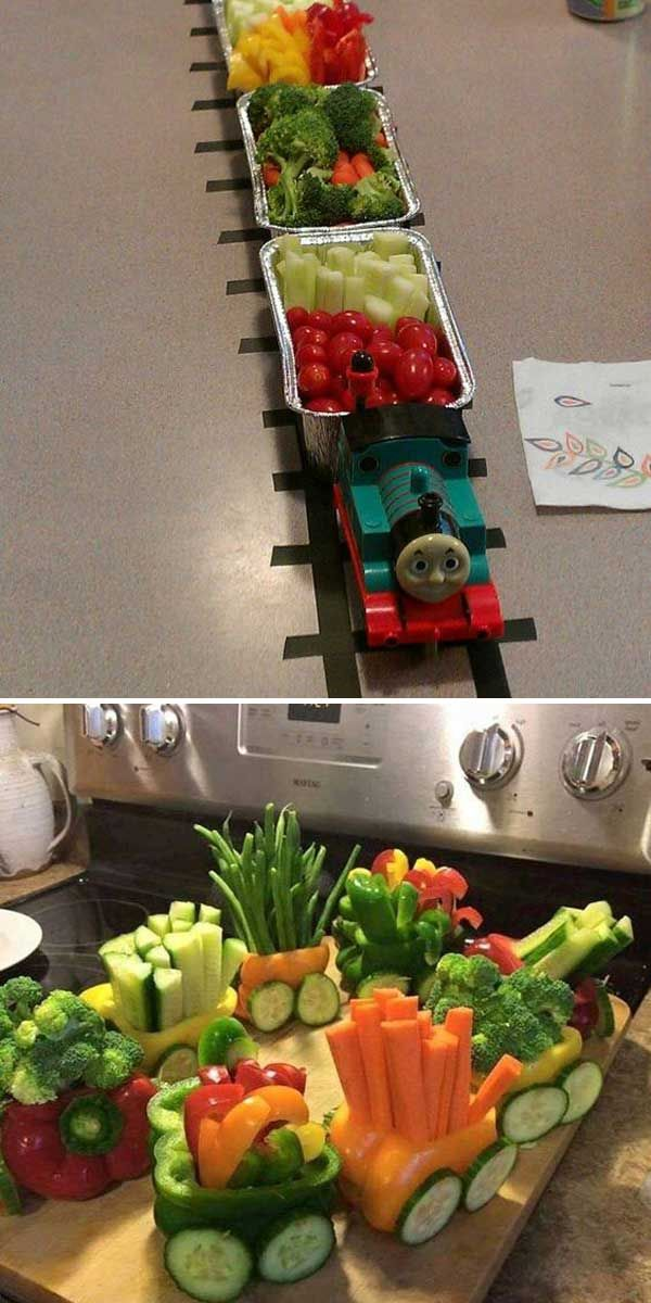 5. Simply use several packs of aluminum loaf pans and a roll of electrical tape to make a snack train: 10 Genius Decorations Inspired by Train or Train Track