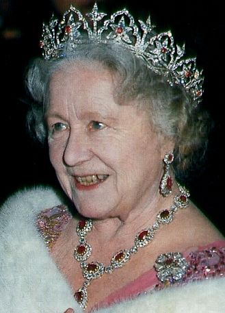 Queen Elizabeth The Queen Mother Wearing A Diamond Flower