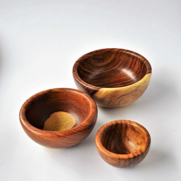 Schalen & Schüsseln - 3 hölzerne Schüsseln, Salatschüssel - ein Designerstück von Omar-Handmade bei DaWanda