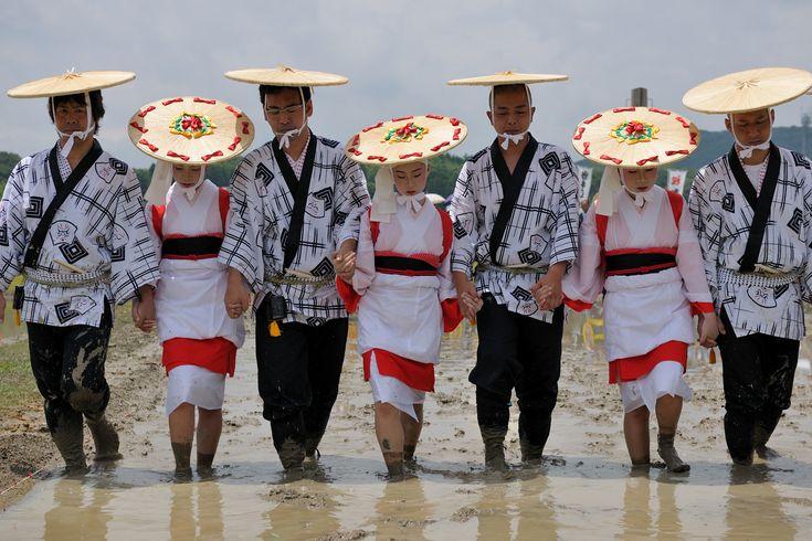 Izawanomiya Otauesai (Rice Planting Festival) Mie, Shima, Isobe