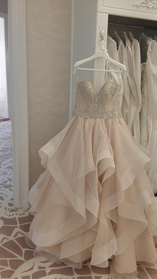 Diora Esküvői Ruhaszalon Eddy K. CT154