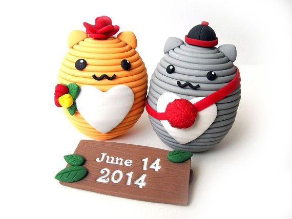Polymer Clay Cute Oval Animal Wedding Cake by JujubisWorkshop