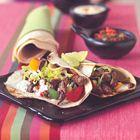 Tortilla's met biefstuk en tomatensalsa van Ainsley Harriott  Tortilla, wrap, vlees, Mexicaans, paprika, tomaten