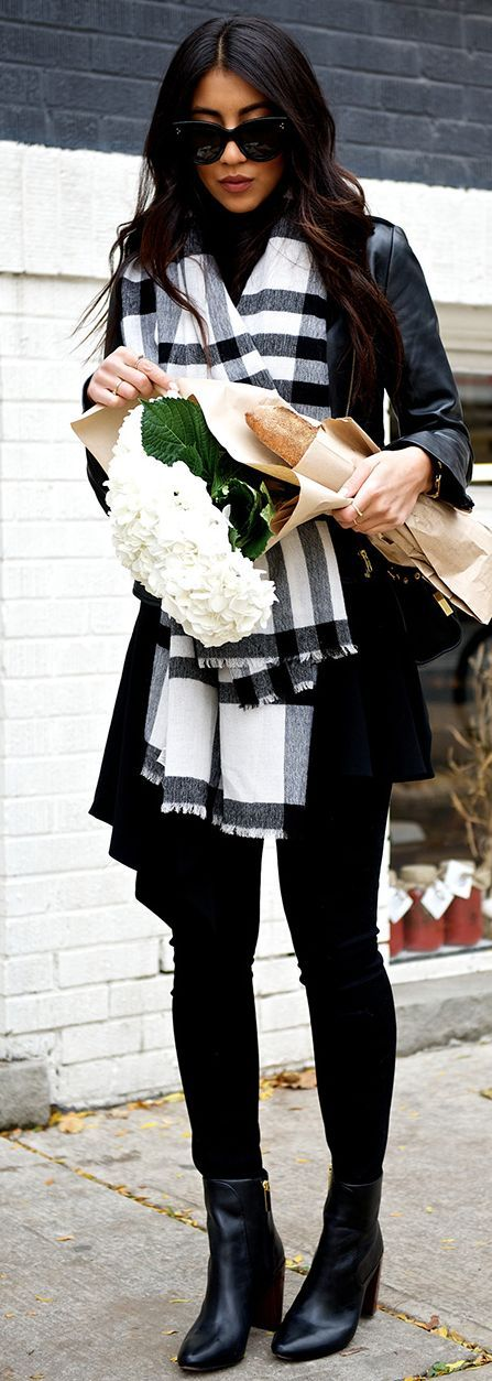 Not Your Standard Black And White Plaid Scarf Fall Street Style Inspo