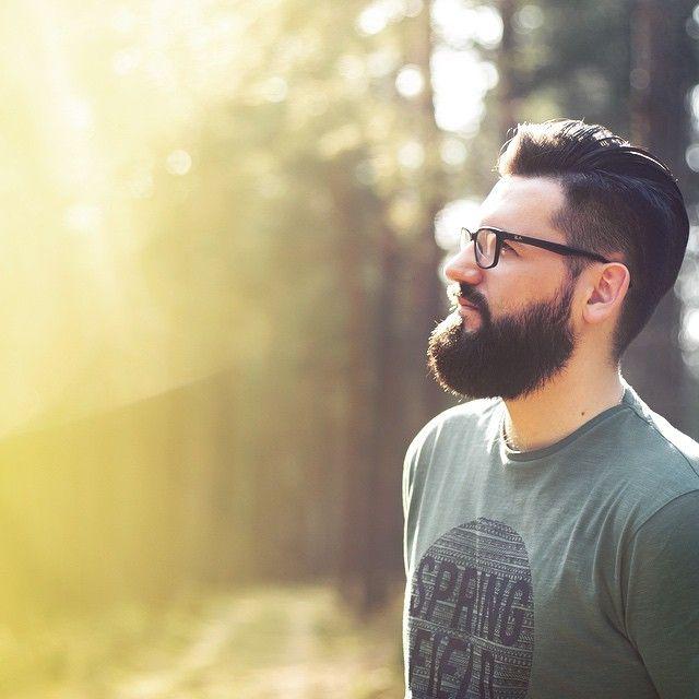 Leśny ludek photo: @torlowska #TURBObroda #wystylizowana  #explore #exploremore #traveller #iameverywhere #outsideIsFree #Poland #Polska #feltlikespringtoday #goodReasonToGoExploring #HappyLikeAKid #letsDoSomething #letsGoSomewhere #NatureAddict #beardman #beard #beardlife #beardstyle #beardnation #makePortrait #postThePeople #tuzawszejestnajpiękniej