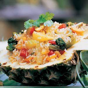 Gebakken rijst met ananas
