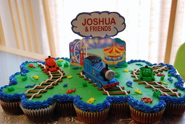 Thomas Cupcake Cake | Thomas cupcake cake | Flickr - Photo Sharing!