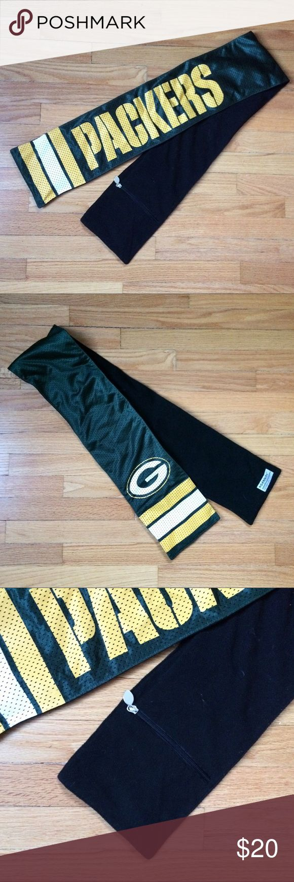 Stylish Green Bay Packers Scarf Stylish Green Bay Packers scarf. Jersey style on the outside with fleece on the inside!! Also has a pocket zipper on the inside. New condition!! Other
