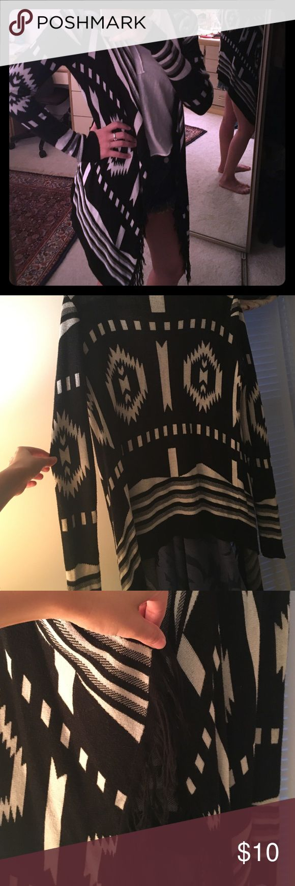 Cardigan Black and white lightweight cardigan. Tribal print with fringe in the front ! Sweaters Cardigans