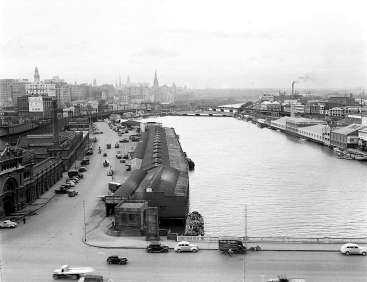 Spencer St Bridge, with Southbank to the right