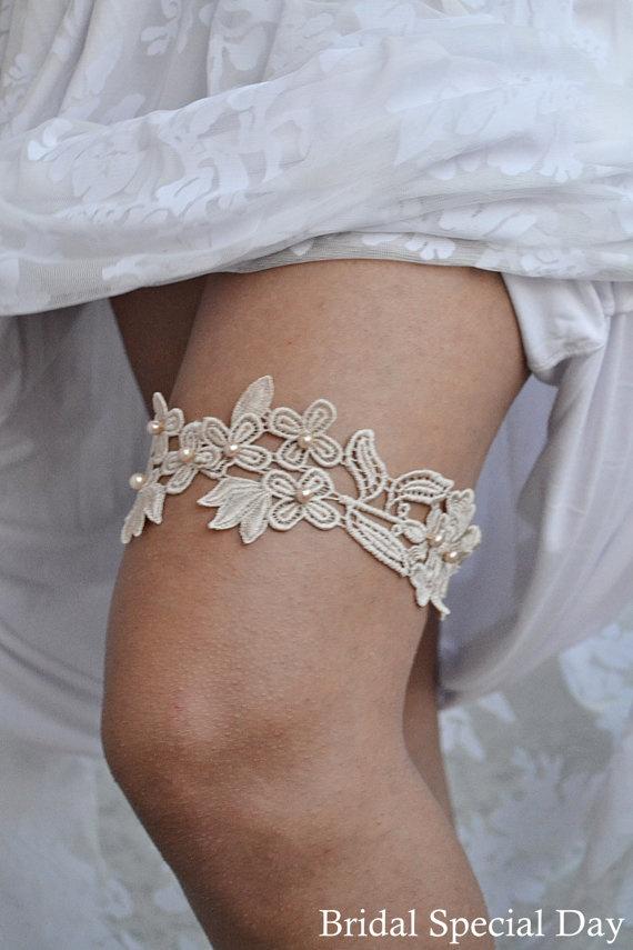 Cream Wedding Garter Lace Bridal Handknitted Pearls Beyge Handmade Set