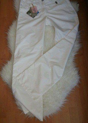 Kupuj mé předměty na #vinted http://www.vinted.cz/damske-obleceni/sportovni-obleceni-kalhoty/15541859-sportovni-nepromokave-bile-kalhoty-cross-na-golf