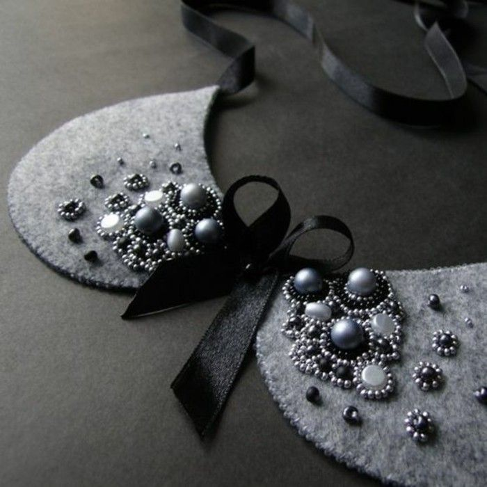 Awesome a fake Peter Pan collar felt adorned with pearls and a satin bow