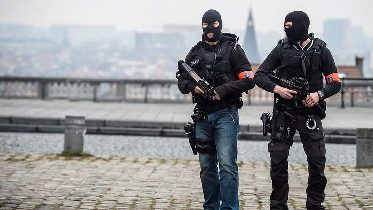 Verbindung zu Brüsseler Anschlägen: Sechs Festnahmen bei neuen Razzien