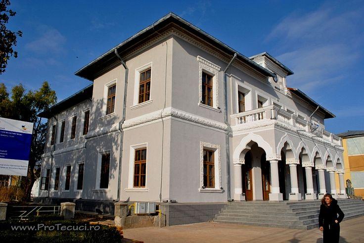 Clădirea Primăriei Vechi (1887), azi Casa de Cultură, Str. 1 Decembrie 1918 62, Tecuci