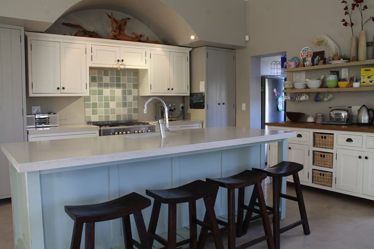 113 best holly wood kitchens and furniture images on for Kitchen furniture cape town