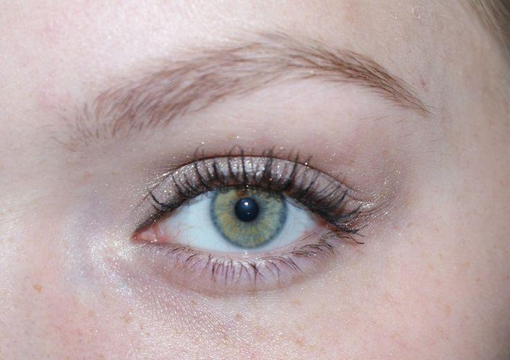 Look Smokey eyeliner