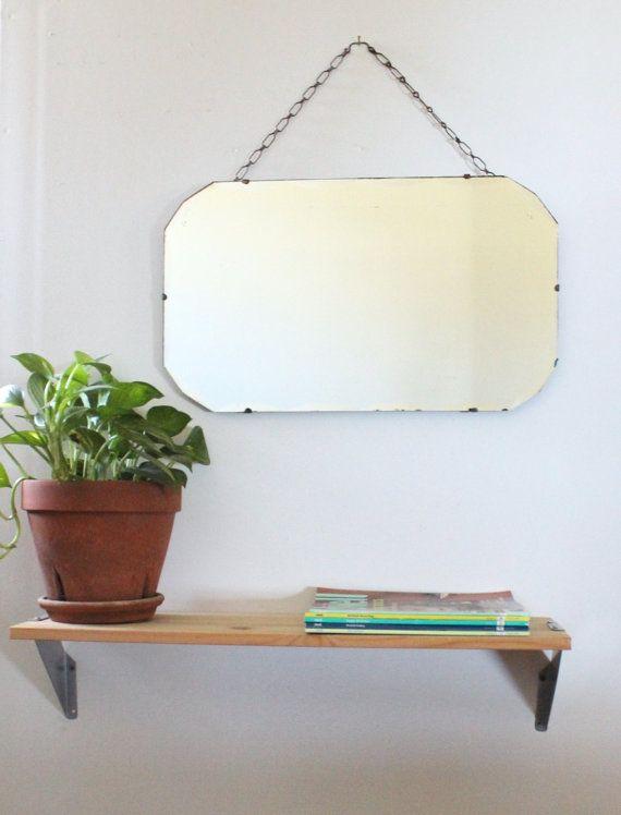 Hoi! Ik heb een geweldige listing op Etsy gevonden: https://www.etsy.com/nl/listing/272139834/vintage-art-deco-afgeronde-geschulpte