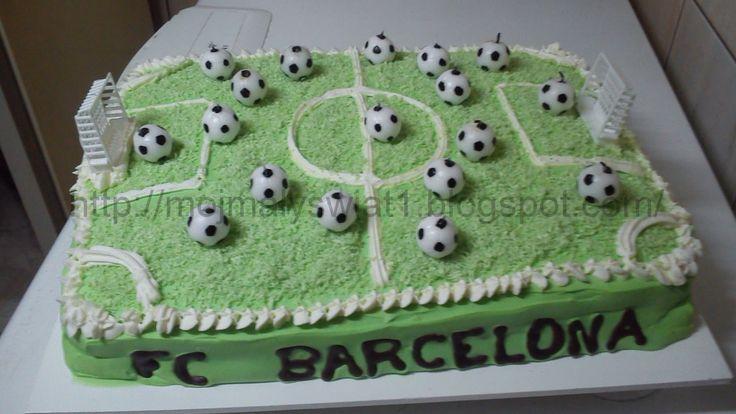 Tort na 18stkę - boisko piłki nożnej - Mama-Kreatywna