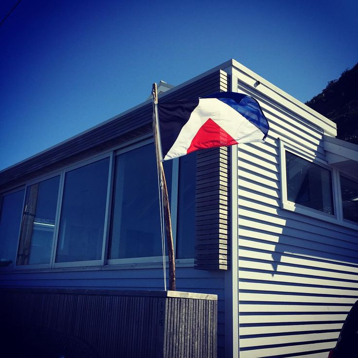 #redpeak flying at the whalehouse. Photo by Dave Clarke