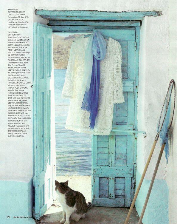 heaven: Wayturquoi Doors, Blue Doors, Satur Blue, Color Combinations, Beaches Lifestyle, Wooden Doors, Blue Hue, Beaches Cottages, Blue Doorway