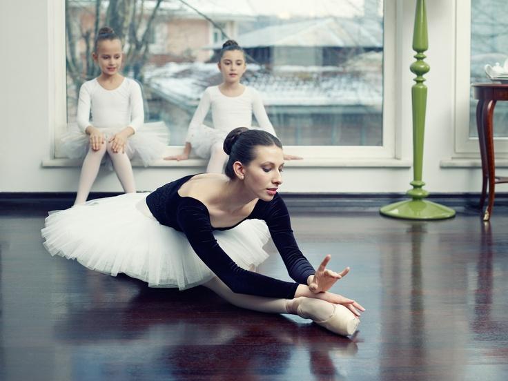 for Porland porcelain photography by onur dogu, balerina @Merve Atilgan