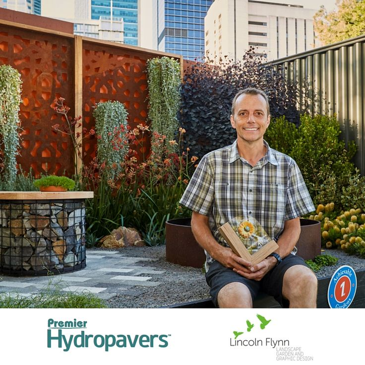 Lincoln Flynn wins two awards at the Melbourne International Flower and Garden show with our Premier Hydropavers #permeable #pavers.  #MIFGS
