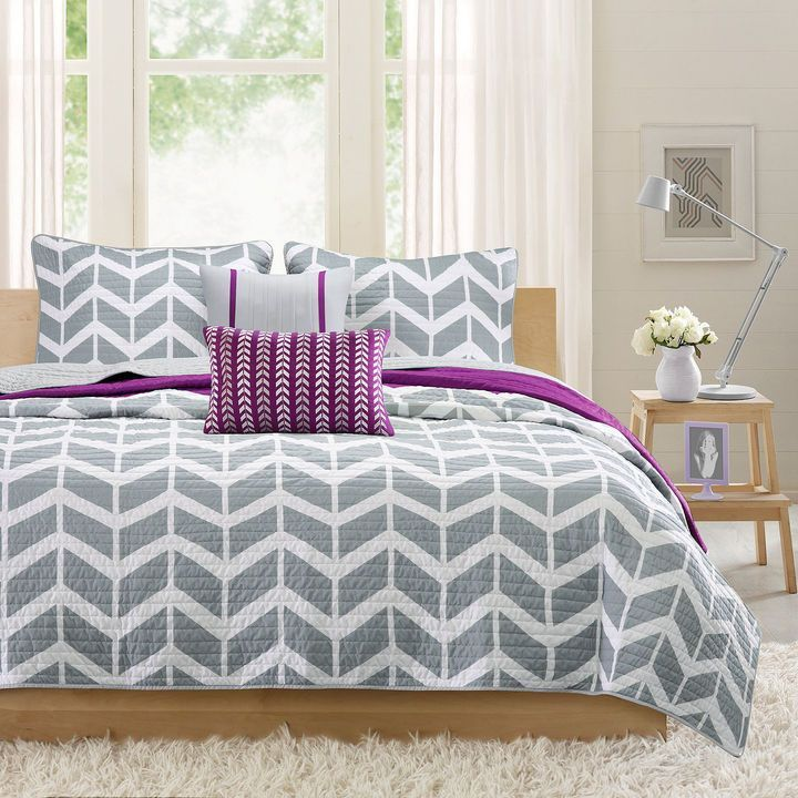 INTELLIGENT DESIGN Intelligent Design Peyton Coverlet Set