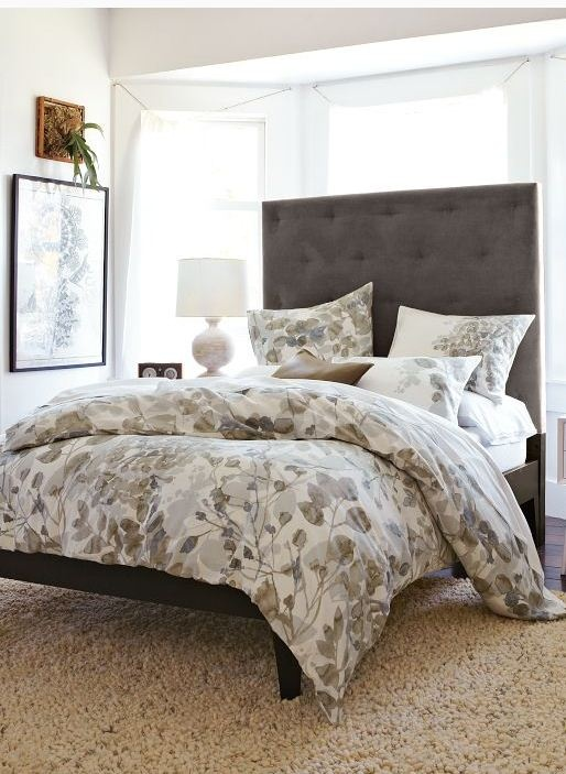 love this neutral color palette, this gorgeous duvet and this tufted headboard. #cozy