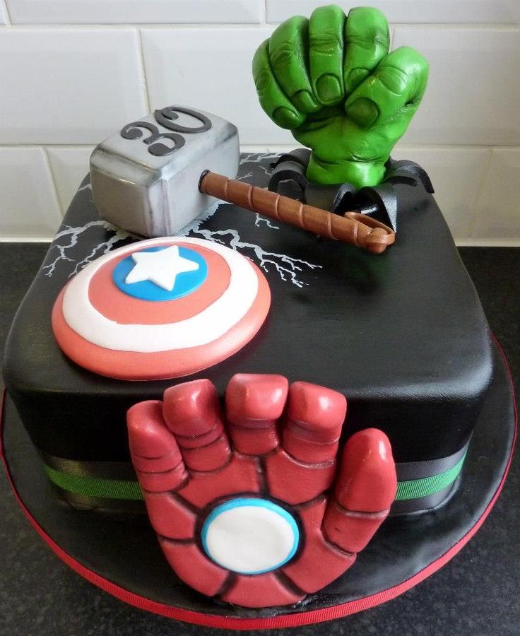 marvel avengers birthday cake Party Ideas Pinterest ...