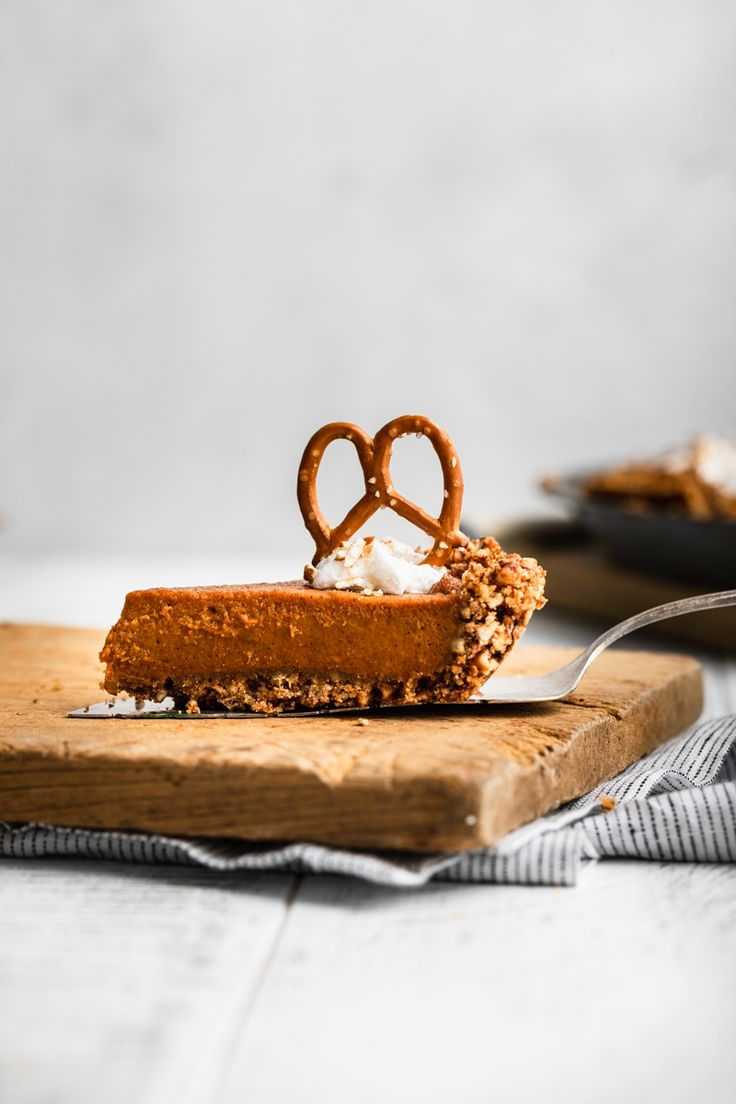 Vegan Pumpkin Pie Pretzel Crust Peanut Butter Plus Chocolate Recipe Fall Baking Recipes Vegan Pumpkin Pie Easy Baking Recipes