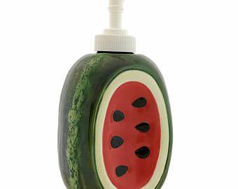 Dispensador de jabón de sandía, Decor cerámica cocina, tocador de baño jabón accesorio, Country Garden Decor de fruta, fruta de verano azafata regalo