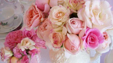 Roses Flowers Vase Bouquet Table Tableware HD Wallpaper