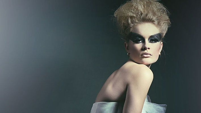 Hey Connecticut photographers! Do not miss this >>> Fashion Photographer, Craig LaMere Is Coming To Connecticut! http://tiffinbox.org/craig-lamere-coming-connecticut/