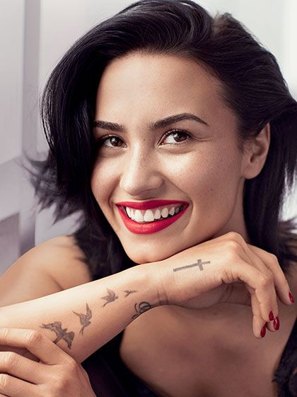 Find Out How to Re-create Demi Lovato's Allure February 2016 Cover Look:  Here's what went into the classic hair and makeup look for the star's first Allure cover shoot. | allure.com