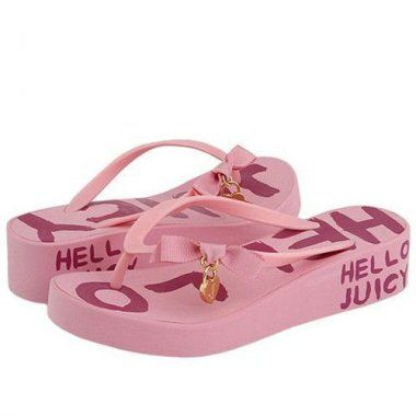 http://www.tracksuitsaleonline.com/juicy-couture-costa-heart-midheel-light-pink-flip-flop-p-75.html          Juicy Couture Costa Heart Midheel Light Pink Flip Flop