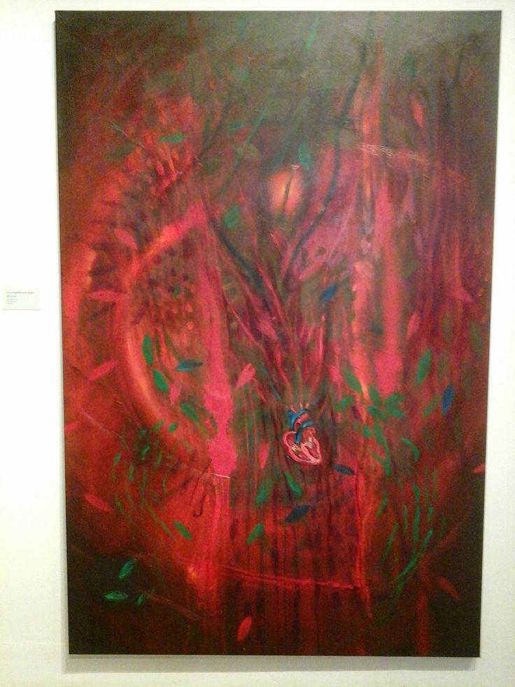 Carlos jacanamijoy caracteriza sus pinturas por el tono brillante de sus colores demostrando el carácter no material de lo que el ser humano es capaz de concebir mentalmente.