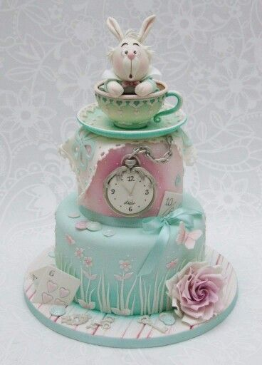 www.cakecoachonline.com - sharing....Alice in Wonderland